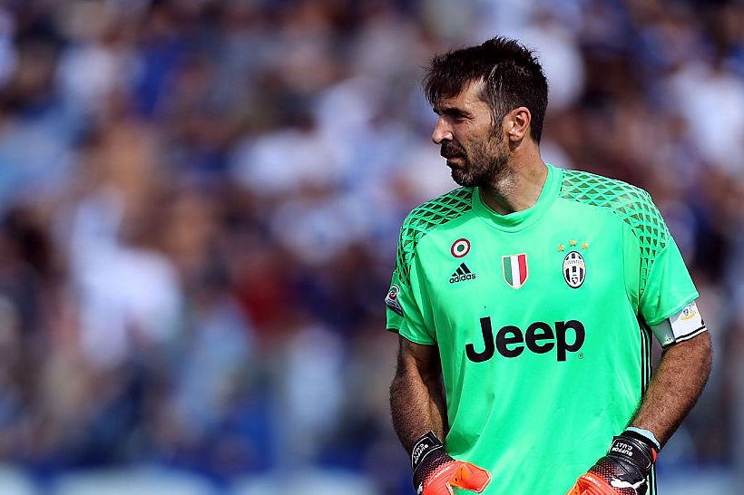 """Buffon consiglia: """"La Juve ha fatto un gran colpo, Szczesny è il migliore"""""""