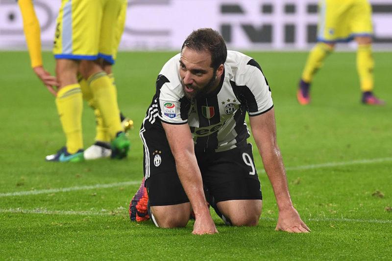 Juve, allarme rientrato per Buffon e Marchisio! Higuain ferito, la botta di Mandzukic…