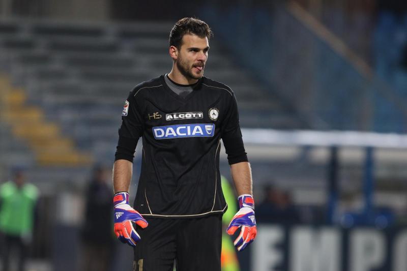 Karnezis, tra l'addio all'Udinese e… una nuova offerta dall'Italia