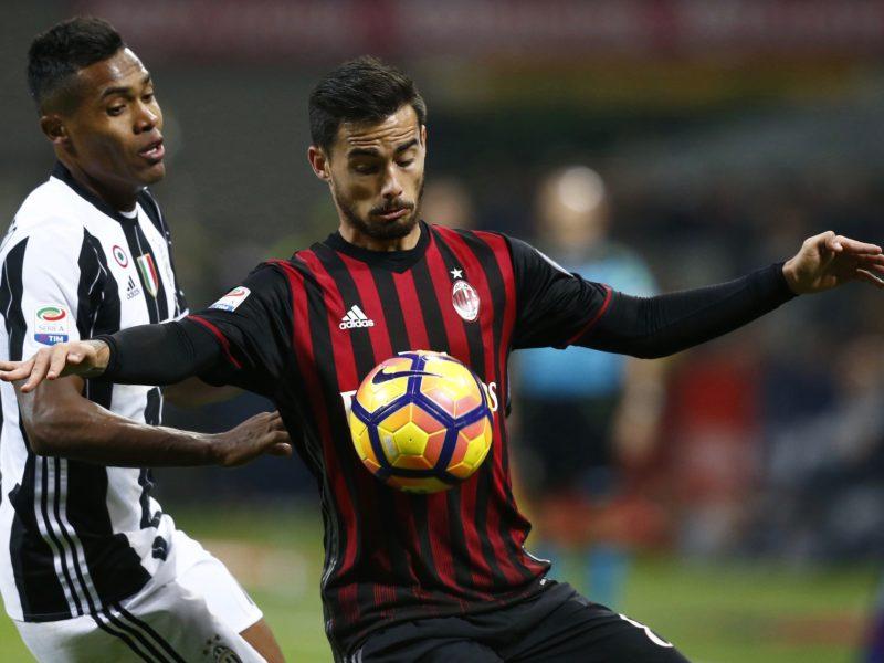"Milan, Suso in dubbio per la Juve. La Gazzetta: ""Lo staff medico ha un piano"""