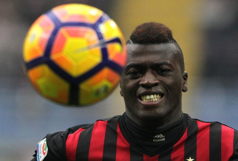 Niang, il Genoa preme: oggi la sua risposta. E occhio alla Premier League