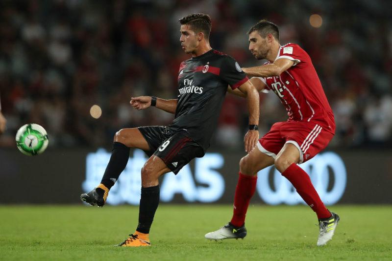 Milan, si ferma Andrè Silva! Due bocciati, torna Suso, c'è Conti: la formazione anti Craiova