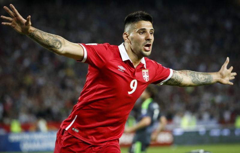 Mitrovic, occasione a sorpresa per la Serie A: il Cagliari passa all'assalto!