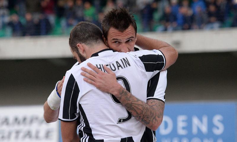 """Gazzetta: """"Juve, decisione comunicata a Mandzukic! Higuain via perché con Allegri…"""""""