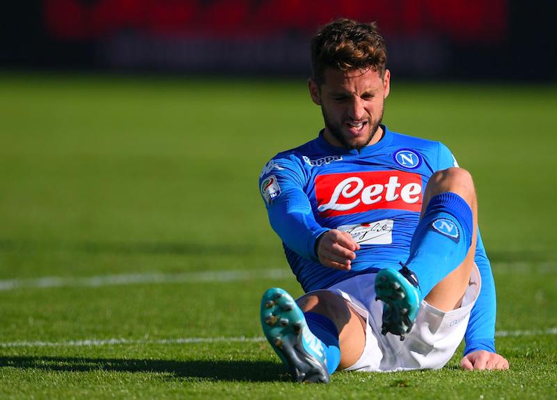 """Napoli, il rigorista può ancora """"cambiare"""": il ritorno come ultima idea di Sarri"""