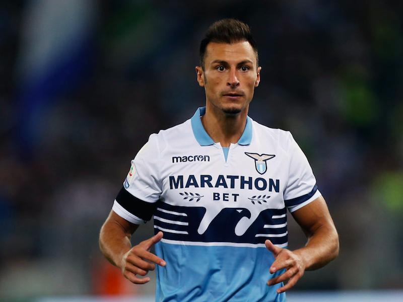"""Lazio, Radu fuori per infortunio contro l'Empoli. Sky: """"Cosa filtra sul suo stop"""""""