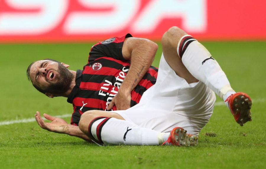 "Milan, Gazzetta: ""Higuain a rischio forfait"". E Cutrone tiene in ansia Gattuso"