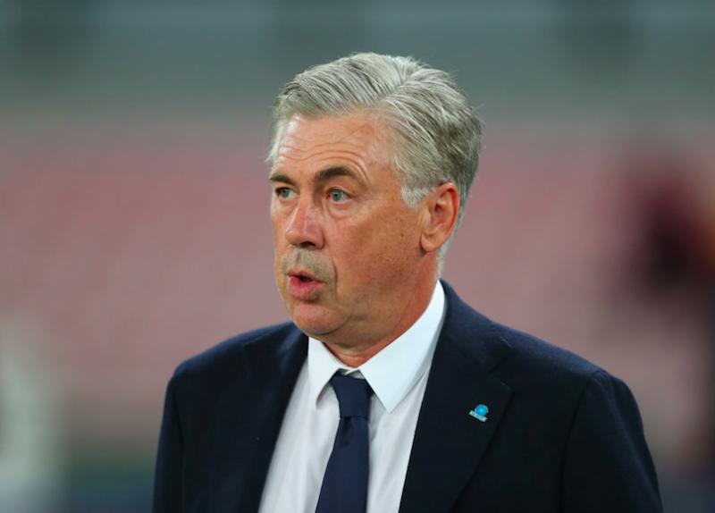 Ancelotti prova un Napoli inedito: Di Lorenzo, in tre dietro Milik e con Manolas…