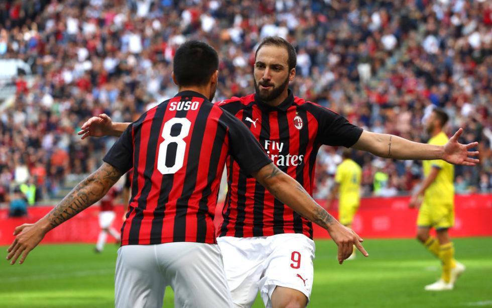 "Milan, Sky: ""Abate confermato, Calhanoglu, Cutrone, Higuain: le prove anti-Torino"""