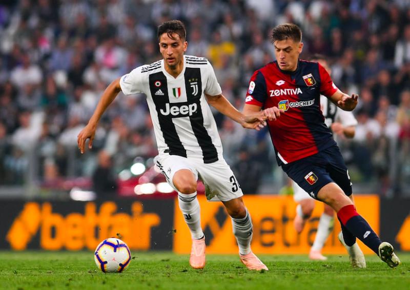 FORMAZIONI UFFICIALI – Milan-Juve: Bentancur titolare! C'è Castillejo, dentro Benatia