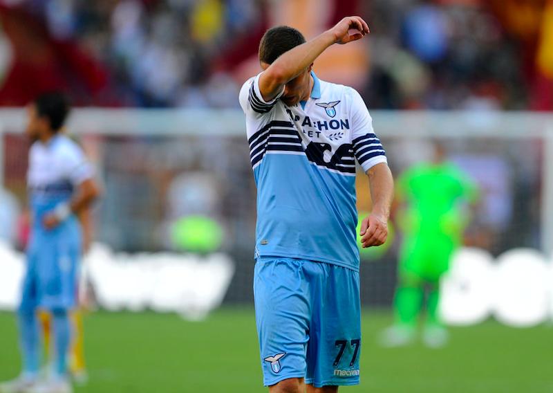 Lazio, Marusic non si allena. Da Parolo a Correa, cosa può cambiare col Milan