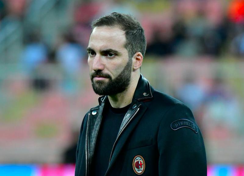 "Sky: ""Piatek arriva martedì, esordio contro il Napoli! Stamattina Higuain…"""