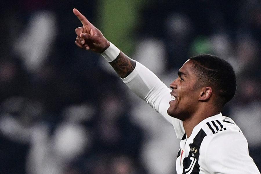 """Douglas Costa, la Juve è stanca. La Gazzetta: """"Può andare via e finanziare un colpo"""""""