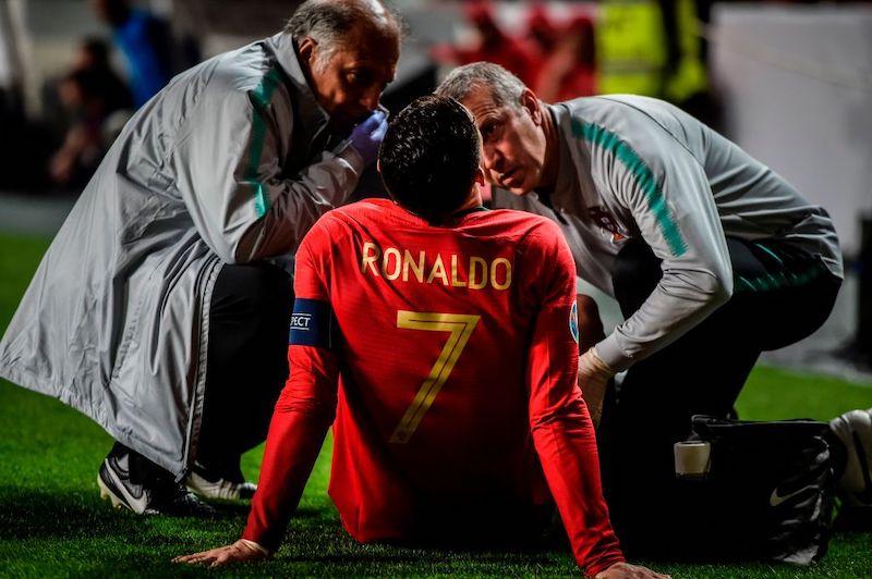 Infortunio per Cristiano Ronaldo! Problema muscolare, allarme stiramento: gli aggiornamenti