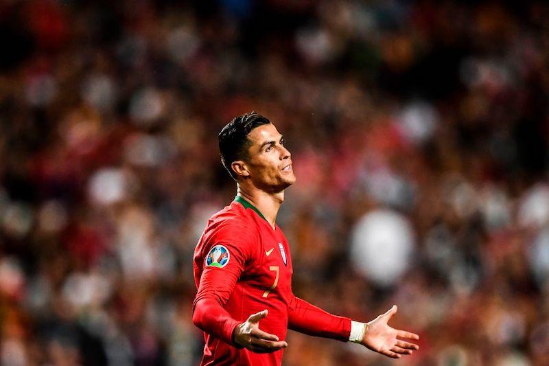 """Infortunio Ronaldo, Gazzetta: """"Si è accasciato subito, scatta l'allarme per Cristiano e la Juve"""""""