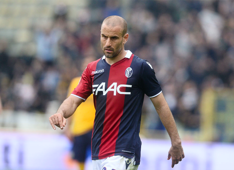 Il Bologna batte lo Schalke: solito Palacio! Debutta Skov Olsen, ancora Sansone gol