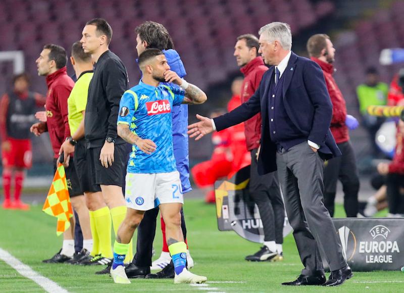 """Napoli, Insigne è un caso. Prima i fischi, poi il padre sbotta: """"Ancelotti è un pacco"""""""