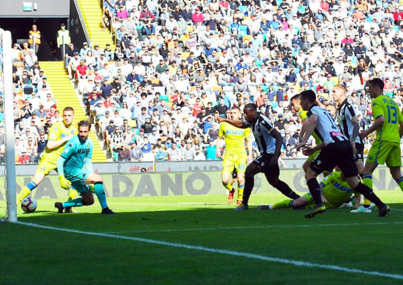 BREAKING – Gol di Okaka o autogol di Lirola, arriva la decisione della Lega Calcio