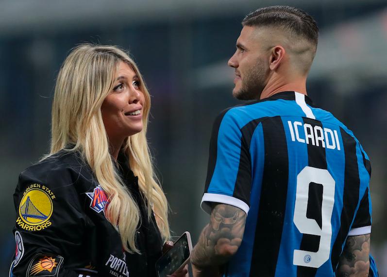 """Wanda Nara annuncia: """"Mauro Icardi non andrà al Monaco"""""""