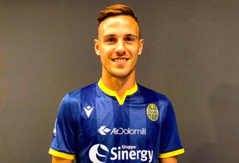 UFFICIALE – Verre è del Verona: 12 gol l'anno scorso, è un titolare low cost