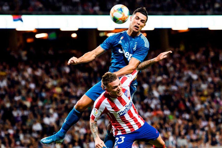 La Juve perde, tutti i segnali: Douglas Costa super! Male Higuain, c'è Dybala, de Ligt…