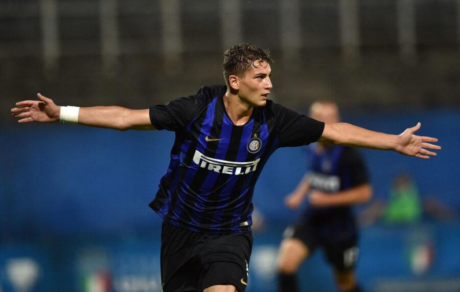 La Roma chiede Esposito nell'affare Dzeko: c'è la risposta di Antonio Conte