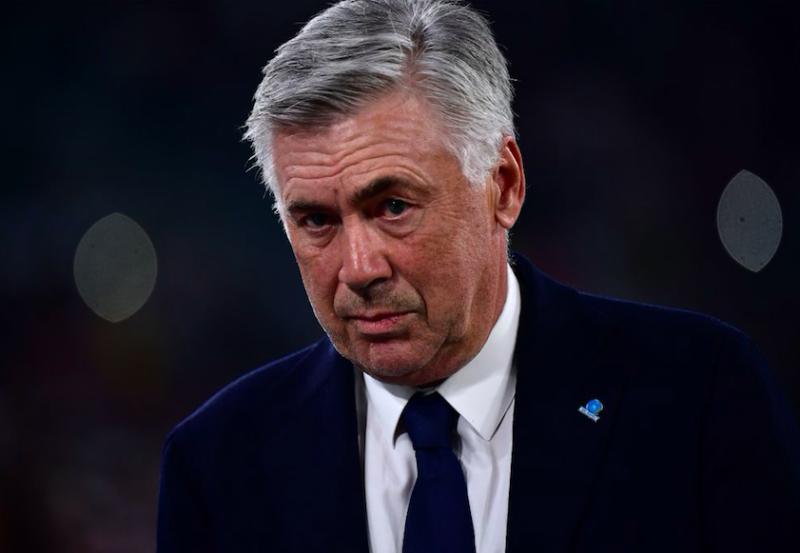 """Gazzetta: """"Ancelotti è in bilico: c'è una forte sensazione che filtra dal Napoli"""""""