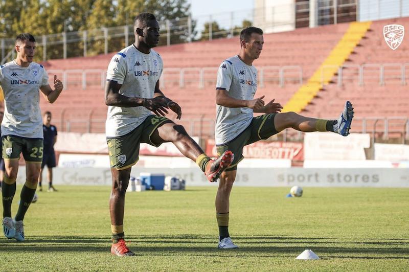 Brescia, la prima di Balotelli: propizia un gol, 5-1 in amichevole con super Morosini