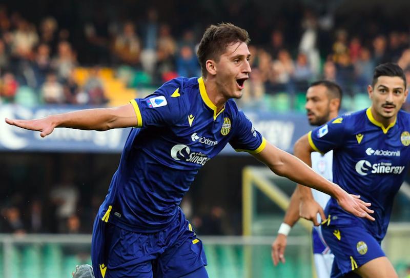 """Kumbulla: """"Ho il poster di Chiellini. Il Verona, Juric, Dybala e sogno la Champions"""""""