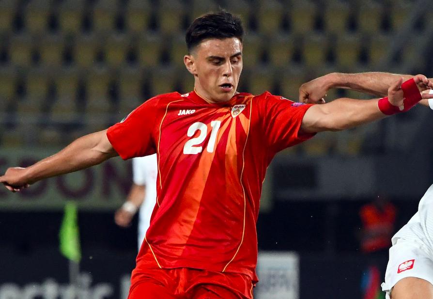 VIDEO – Elmas è indiavolato: due gol con la Macedonia, migliore in campo