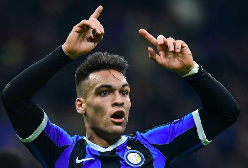 """Gazzetta: """"Lautaro-Barça, altro che maxi scambio! L'argentino spiazza: crede che vincere all'Inter…"""""""