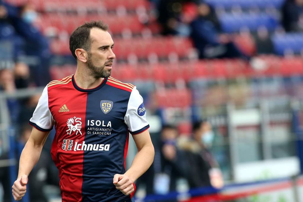 """Godin polemizza: """"Ho due anni di contratto con il Cagliari, il ds può dire ciò che gli pare"""""""