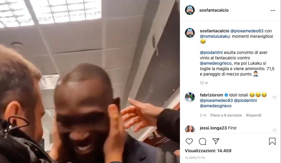 """VIDEO – Pio e Amedeo con Lukaku: """"Ti sei tolto la maglia e non ho vinto al fanta per 0,5"""""""