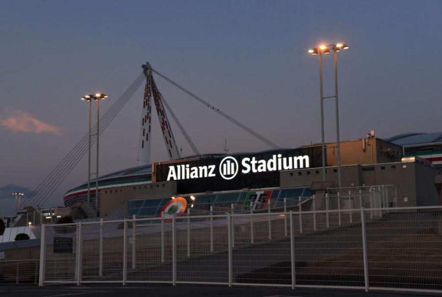 """Sky: """"Nuova ipotesi: recuperi dei 6 match rinviati al prossimo weekend, si slitta di un turno? E Juve-Inter…"""""""