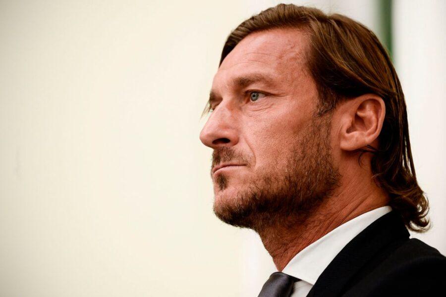 """Totti: """"La Lazio non esiste. Io potrei ancora giocare perché la Roma…"""""""