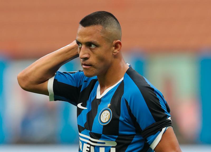 Inter, difesa rivoluzionata e Sanchez scalpita: i cambi di formazione decisi da Conte