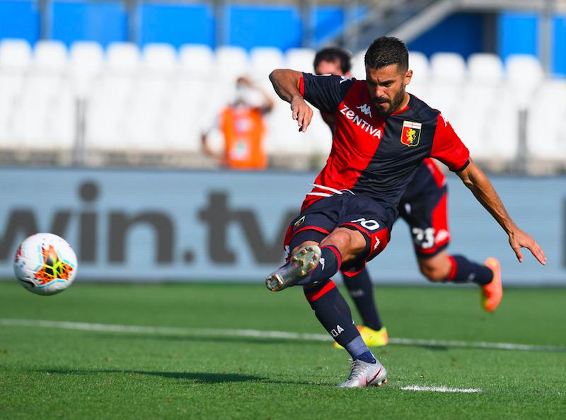 Genoa, Iago Falqué segna ancora su rigore ma poi chiede il cambio
