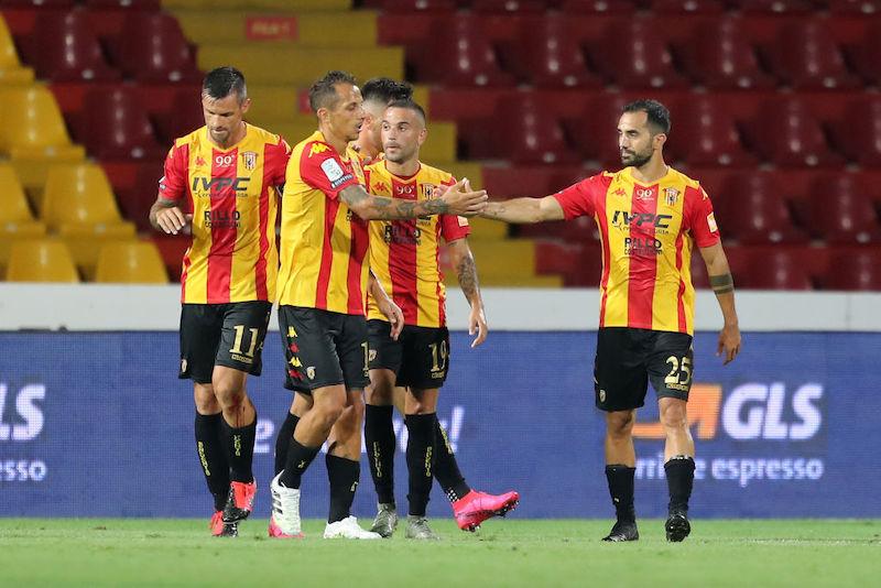 Altri due casi di Covid in Serie A: sono tre i giocatori positivi del Benevento