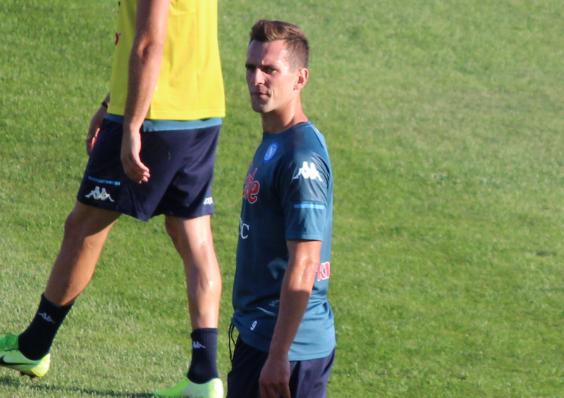"""Caso Milik, Sky: """"Se resta a Napoli è fuori lista! Si fa avanti un nuovo club per Arek"""""""
