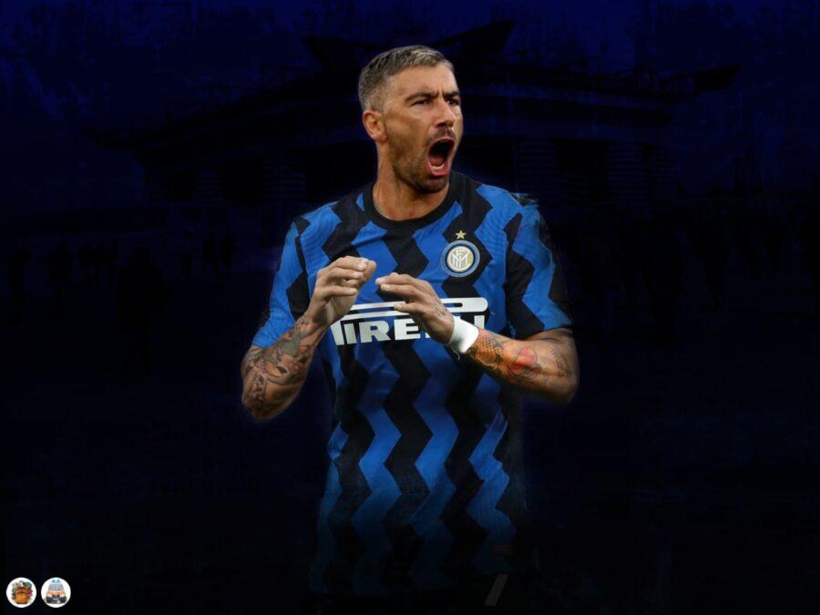 Kolarov all'Inter, cosa fare per l'asta: il prezzo e un consiglio. Per Bastoni e Young…