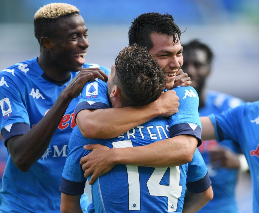 Napoli, mini-rivoluzione per la Juve: dal portiere alla punta, novità Lozano e Zielinski