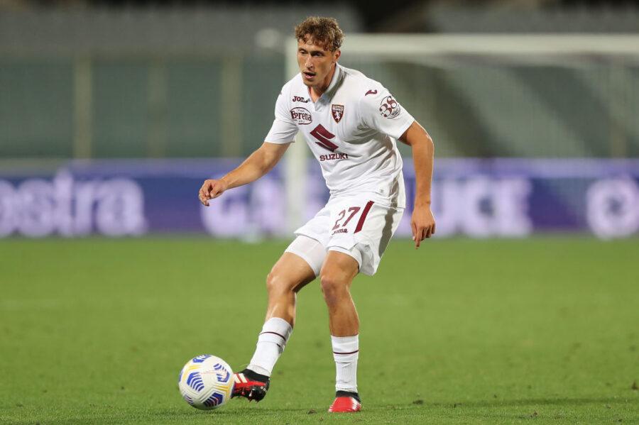 Torino, infortunio per Vojvoda: problema alla spalla contro il Milan