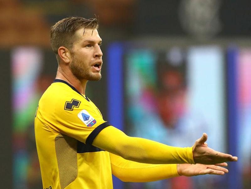 Infortunio per Gagliolo: è allarme in casa Parma, stop muscolare per il difensore