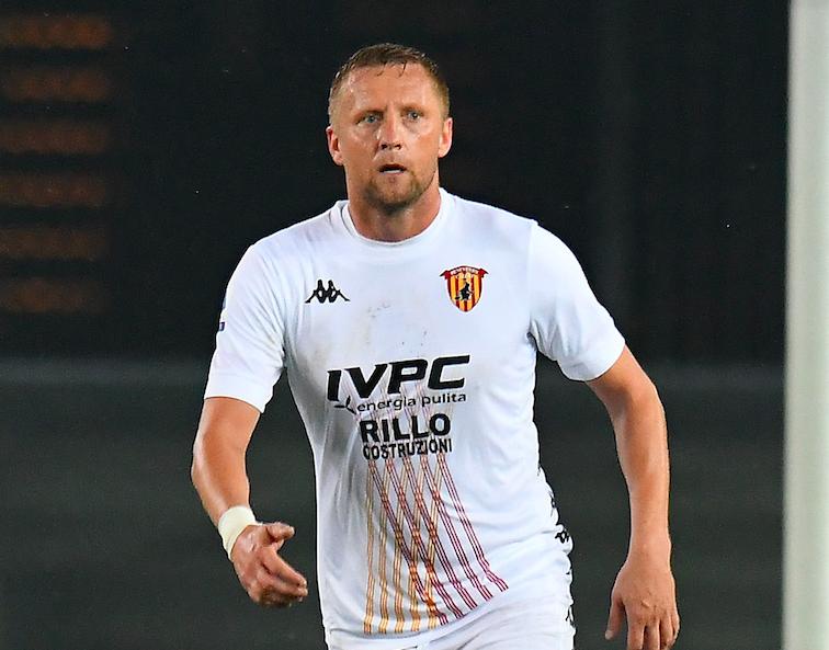 """Il ds del Benevento: """"Ecco perché Glik non è partito bene: viene dalla Francia…"""""""
