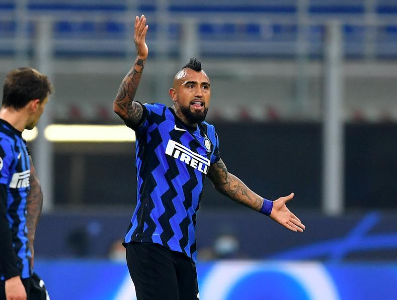 Inter-Juve, Vidal nervoso dopo il cambio di Conte in Coppa Italia. E Ronaldo…