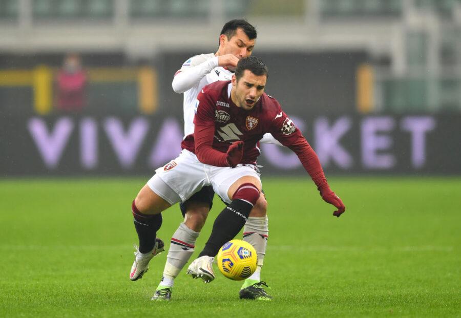 """Sky: """"Offerta per Bonazzoli, chiesto in prestito"""". Spunta anche l'affare tra Crotone e Atalanta"""