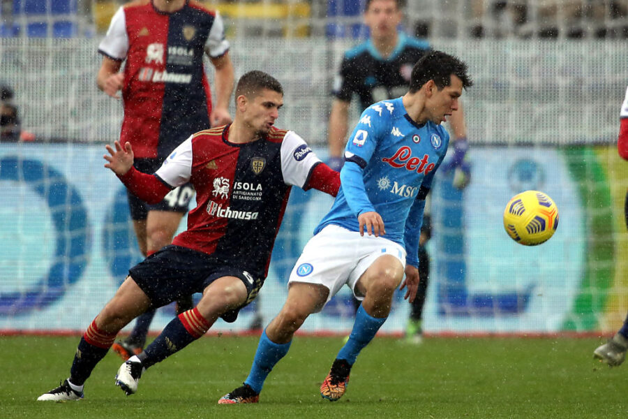Il Cagliari riceve un'offerta da 15 milioni per Marin: il club rifiuta, è andata così