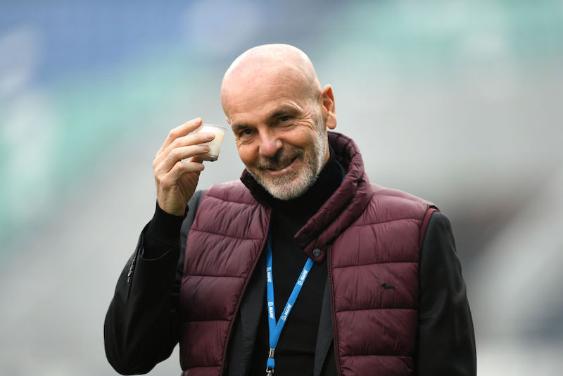 """FLASH – Pioli: """"Ecco la verità su Ibrahimovic e Calhanoglu per il Torino! Bennacer e Kjaer…"""""""