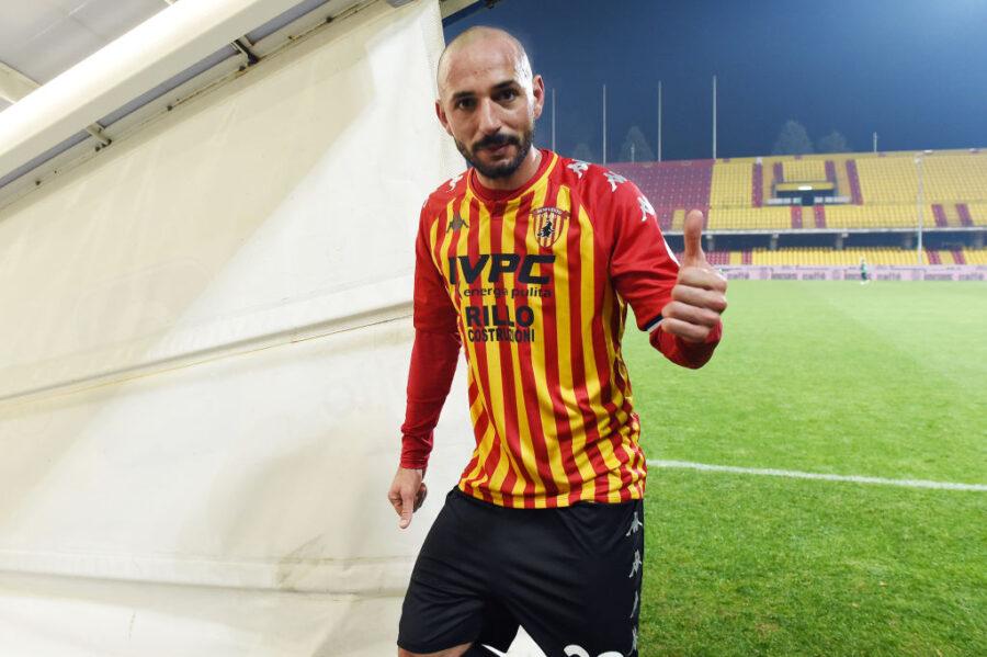 UFFICIALE – Schiattarella è positivo al Covid: il comunicato del Benevento