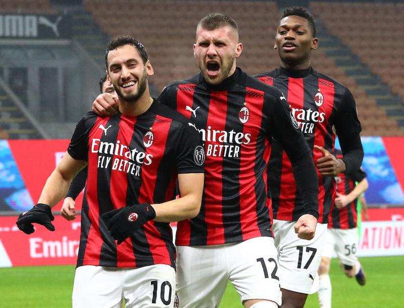 Milan, a Pioli restano due dubbi di formazione per l'Atalanta: chi gioca e chi rischia